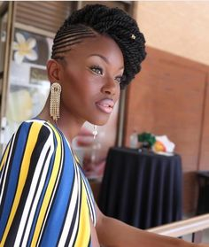 50 Senegalese Twist Hair Styles Loved by Millions of Women Super Sexy Senegalese Twist Hairstyles fo Twist Senegalese, Senegalese Twist Hairstyles, African Braids Hairstyles, Girl Hairstyles, Braided Hairstyles, Natural Twist Hairstyles, Curly Haircuts, Natural Protective Hairstyles, Havana Twist Hairstyles