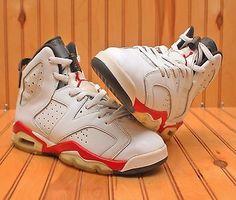 2010 Nike Air Jordan 6 VI Retro Size 6.5Y - White Red Black Bulls - 384665 102