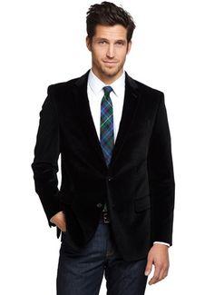 Gravata xadrez e blazer de veludo com jeans. Hot.