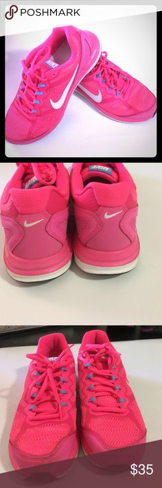 Nike Pink Tennis shoes Nike Pink Tennis Shoes Dual fusion, decent condition see pictures. Nike Shoes Athletic Shoes