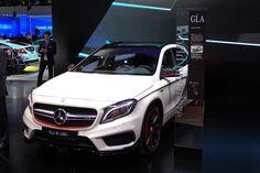2015 Mercedes-Benz GLA45 AMG: Full Details, Live Photos & Video