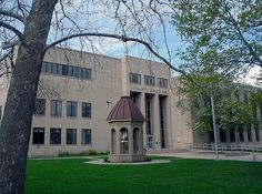 St. Clair County courthouse by Larry the Biker, via Flickr                        Being situated on the western shores of Lake Saint Clair, the county's name is taken from the lake.