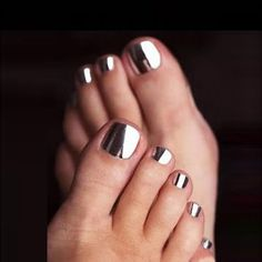 Wonderful Chrome Nail Art Designs to Try This Year Pedicure Nail Art, Nail Manicure, Manicure Tools, Black Pedicure, French Pedicure, Nail Polish, Nail Art Designs, Pedicure Designs, Pedicure Ideas
