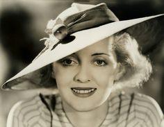 Bette Davis Eyes: 31 Rare Photos of an Unforgettable Star | Best Movies by Farr