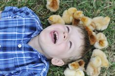 Easter photo shoot with baby chicks - pose for J to keep him contained? #DIYPhotoClub