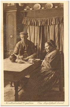 Consumptie : Het eten van het brood, aan tafel voor de bedstee Vintage Pictures, Old Pictures, Old Photos, Dutch People, Dutch Painters, Amsterdam, Picture Credit, Edwardian Era, Netherlands