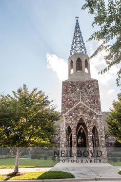 Christ United Methodist Church in Chapel Hill, NC.  UNC weddings.  UNC bride.  Raleigh weddings.  Neil Boyd Photography