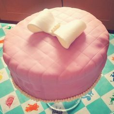 #pink #cake #bow