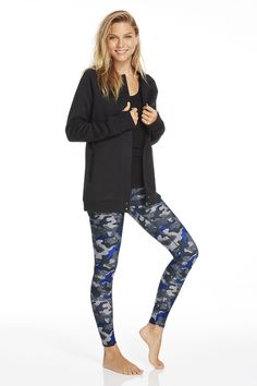 Make activewear your go-to style by taking this versatile sweater jacket to the streets. In case a workout opportunity arises, stay fit-focused in our black Oula Tank and Tribal Camo, high-performance leggings. | Oryx Outfit- Fabletics