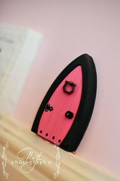 Need one of these for Amelia's room!  Etsy Shop--Fairy Doors under $15