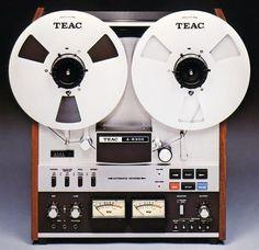 Magnétophone TEAC A-6300 - 1974 - www.remix-numerisation.fr - Rendez vos souvenirs durables ! - Sauvegarde - Transfert - Copie - Digitalisation - Restauration de bande magnétique Audio - MiniDisc - Cassette Audio et Cassette VHS - VHSC - SVHSC - Video8 - Hi8 - Digital8 - MiniDv - Laserdisc - Bobine fil d'acier - Micro-cassette - Digitalisation audio - Elcaset