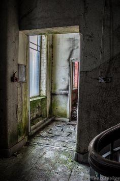 Forgotten Places – The Elusive