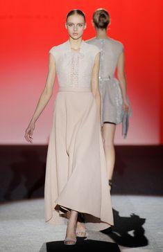 c117ccc66f3 Otoño - Invierno 2017 - 2018 - Couture Vestidos De Fiesta 2018