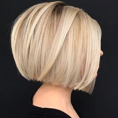 Headband Hairstyles To give you some short hairstyles inspiration we have found 430 short haircuts ideas. There is a mix of designs featured from Pixie hairstyle to Bob haircuts. So take a look and find a beautiful short hairstyle ideas. Copper Blonde Hair Color, Pale Blonde Hair, Shades Of Blonde, Balayage Hair Blonde, Platinum Blonde Hair, Blonde Bob Hairstyles, Sleek Hairstyles, Bob Haircuts, Headband Hairstyles