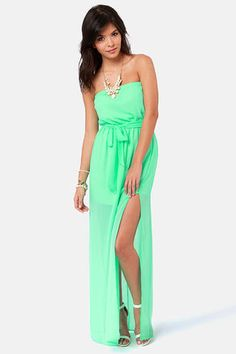 #spring #green maxi !! Get 7% Cash Back http://www.studentrate.com/itp/get-itp-student-deals/lulu-s-Student-Discount--/0
