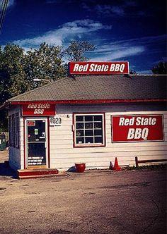 Red State BBQ | BBQ restaurants in Lexington, KY |  smoked brisket, corn muffins, peach bread pudding, bourbon vanilla ice cream