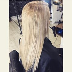 Hair straightening! REOW!  The words 'blonde envy' have been thrown around a bit with this one. We say fair enough. Gorgeous locks on a gorgeous lady! Thank you @ren.ren.ren.ren.ren for the tag  by modesouthside