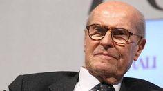 Umberto Veronesi è morto, aveva 90 anni! a cura di Enzo Santoro - http://www.vivicasagiove.it/notizie/umberto-veronesi-morto-90-anni/