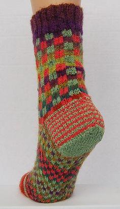 Mini Mochi - Maizy Melange Socks pattern - Crystal Palace Yarns - free knit sock pattern