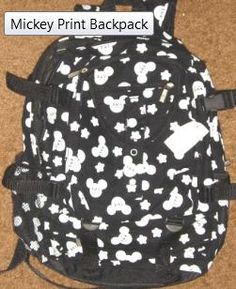 Packing the PERFECT Walt Disney World Backpack    Let's face it. There are essentials that you are going to NEED to take into Walt Disney World parks!!    Packing the right bag will be save you time, money and potentially head off a melt-down or two.