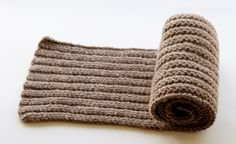 Going Steady scarf. Cute. http://www.knitculture.com/our-blog/going-steady-scarf/