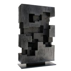 Alban LANORE / Bronze II 36 x 21.5 x 8 cm - Tirage 1/8 - Patine noire.