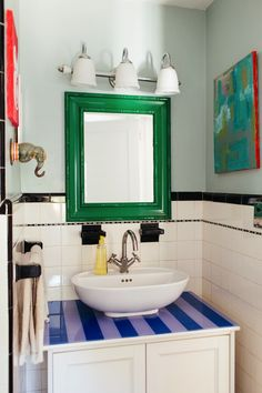 Glitter Guide This Bright And Colorful Home Is An Interior Designer's Dream #bathroom #home