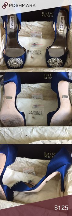 Badgley Mischka Jazmin shoes Beautiful mid heel formal shoe in navy satin. Worn one time, on my wedding day. Comfortable and beautiful. Kept in box and shoe bag. Badgley Mischka Shoes Heels