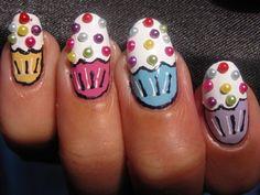 Cupcake nails I like them!!