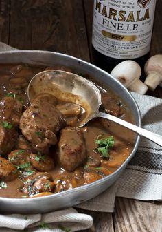 Skillet Pork Medallions in Mushroom Marsala Sauce Mushroom Marsala Pork Tenderloin - quick and easy dinner, starting with easy pork tenderloin. Ready in less than 30 minutes! Pork Marsala, Pork Medallions, Pork Tenderloin Recipes, Pork Recipes, Healthy Recipes, Roast Brisket, Game Recipes, Tutorials, Beef Recipes