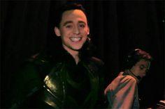 SDCC behind the scenes Loki *gif*