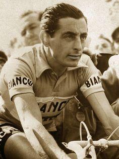 LOCOMOTIVA UMANA. L´Avventura di Learco Guerra campione di Renzo Dall´Ara Old Cycle, Paris Roubaix, Cycling Motivation, Bicycle Race, Bike, Remo, Road Racing, World Championship, World War Two