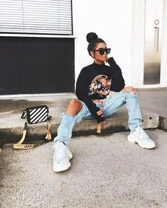 💙 Look at that outfit! 💙 How many stars would you rate it?💙 Look at that outfit! 💙 How many stars would you rate it?  Rate fashion and get feedback on your style from all over the world 🌎  The Tomboy Fashion, Look Fashion, Streetwear Fashion, Fashion Outfits, Girl Streetwear, Streetwear Shorts, Streetwear Summer, 70s Fashion, Urban Street Style Fashion