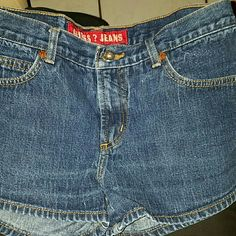 GUESS DARK WASHED DENIM JEAN SHORTS SIZE 28 GUESS DENIM JEAN SHORTS   SIZE 28  NO HOLES, TEARS, RIPS, NIPS OR STAINS... EXCELLENT CONDITION LIKE NEW...  PRE-WASHED AND COME FROM A PET/ SMOKER FREE HOME...  ANY QUESTIONS PLEASE FEEL FREE TO CONTACT ME AND I WILL ANSWER ASAP...  THANK YOU FOR LOOKING  :) Guess Shorts Jean Shorts