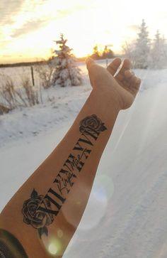 Tattoo in memory of my best friend .- Tätowierung zum Gedenken an meine beste Freundin – Tattoo in memory of my best friend – … – tattoo – - Dream Tattoos, Baby Tattoos, Girly Tattoos, Pretty Tattoos, Body Art Tattoos, Tatoos, In Memory Tattoos, Forearm Name Tattoos, Rose Tattoo Forearm