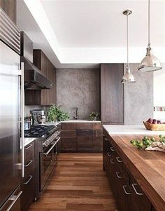Modern Wood Kitchen - Walnut Kitchen Cabinets - This is nice and I like the dainty pulls. I think if we do walnut kitchen we should do soft pulls/knobs Kitchen Interior, New Kitchen, Kitchen Dining, Kitchen Decor, Kitchen Ideas, Kitchen Modern, Masculine Kitchen, Kitchen Wood, Kitchen Layout
