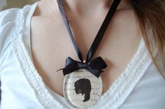 Beautiful! Tutorial http://treyandlucy.blogspot.com/2010/04/silhouette-script-necklace.html