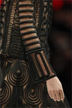 Sfilata Christopher Kane London - Inverno 2013-14