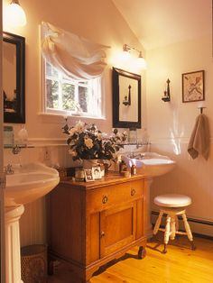 two pedestal sinks