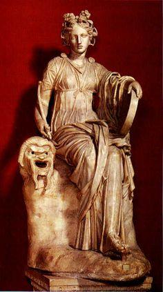 Seated muse Thalia,2nd century AD  Hadrianic period  Museo Pio Clementino  Vaticano
