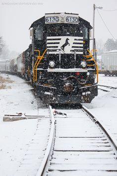 Train Car, Train Tracks, Train Rides, Tramway, Rail Transport, Choo Choo Train, Southern Railways, Norfolk Southern, Old Trains