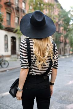 Parisian #streetstyle in black + white and those stripes we love ... #streetstyle