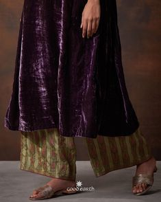 Good Earth brings you luxury design crafted by hand, inspired by nature and enchanted by history, celebrating India's rich history and culture through original, handcrafted products. Pakistani Dresses, Indian Dresses, Indian Outfits, Pakistani Suits, Punjabi Suits, Salwar Suits, Shalwar Kameez, Churidar, Anarkali