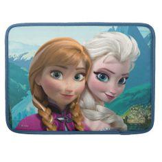 Anna and Elsa MacBook Pro Sleeves #olaf #macbook #sleeves #covers #frozen #disney #anna #elsa