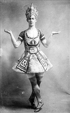 Vaslav Nijinsky - Le Dieu Bleu - 1912