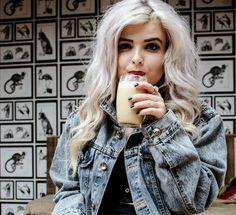Helen Anderson fashion blogger