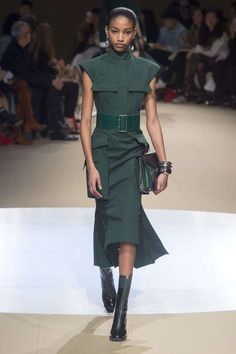 Alexander Mcqueen, Automne/Hiver 2018, Paris, Womenswear