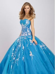 Google Image Result for http://www.quinceaneradresses4u.com/images/l/20120104/2012-popular-ball-gown-sweetheart-neck-floor-length-quinceanera-dresses-q331-0.jpg