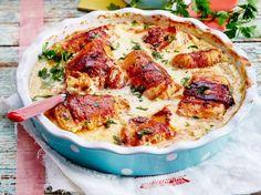 Unser beliebtes Rezept für Putenröllchen in Frischkäsesoße mit Kartoffel-Knoblauch-Stampf und mehr als 55.000 weitere kostenlose Rezepte auf LECKER.de.