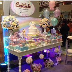 """""""Retrospectiva Mundo Caramelo 2014... Mostra Decor Kids - stand Mundo Caramelo. Lindos projetos que fizemos com muito carinho.  #mundocaramelofestas…"""""""